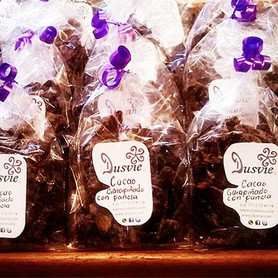 Bolsitas con cacao garapiñado